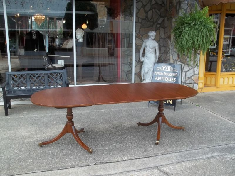 Slideshow Photos – Pepper & Doughtie\'s Antiques & Gifts