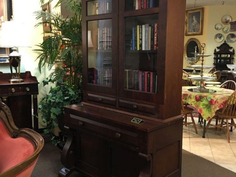 Hartlex Antique Gallery